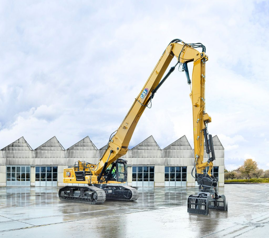 Caterpillar launches its next-generation large excavators.