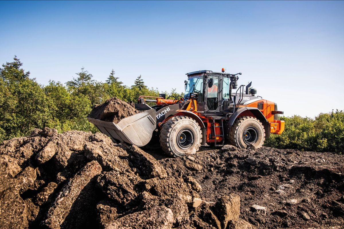 Take control with Hitachi ZW-7 wheel loaders