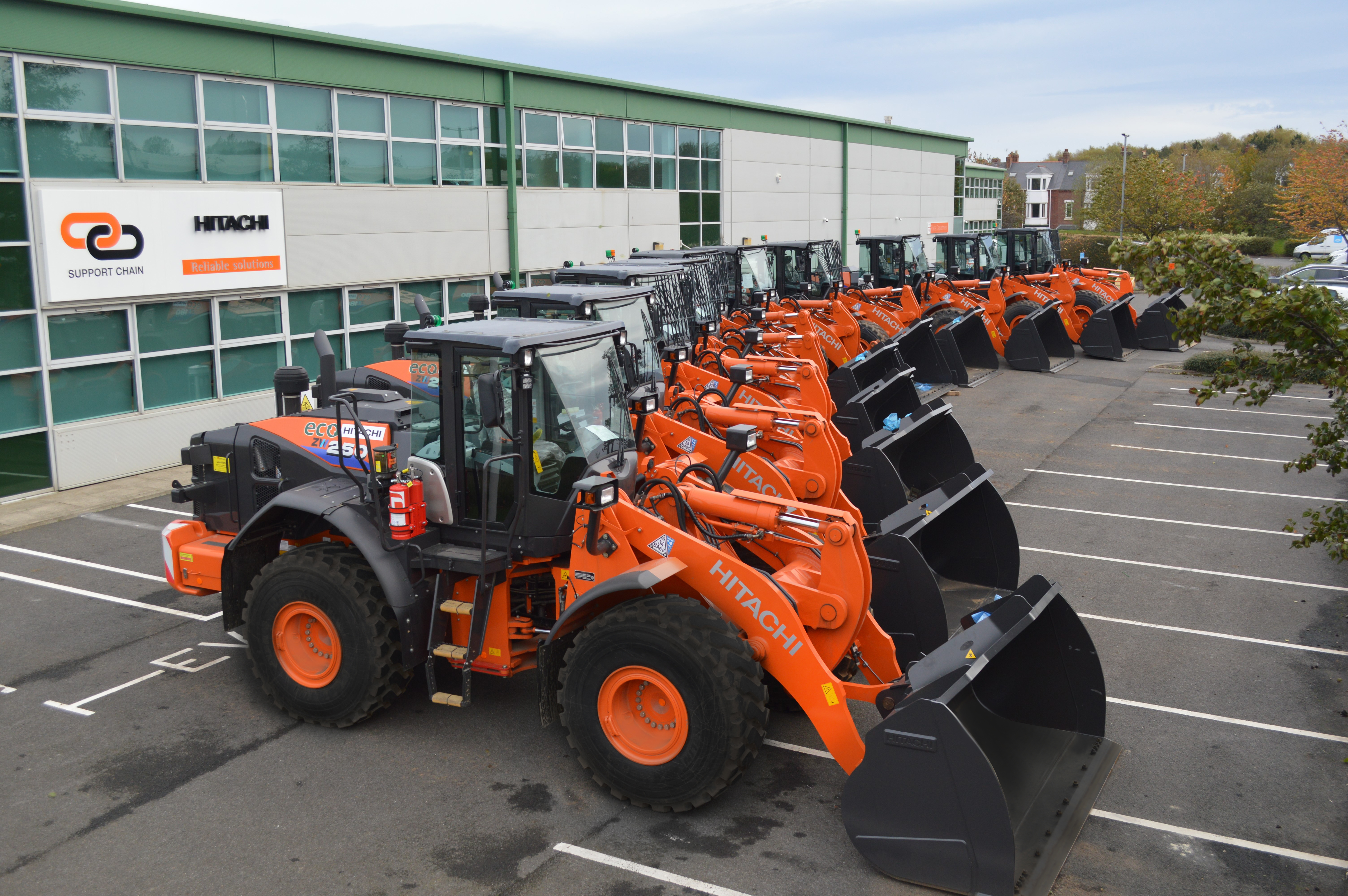 ACK MOODY GROUP INVEST IN TEN HITACHI WHEEL LOADERS