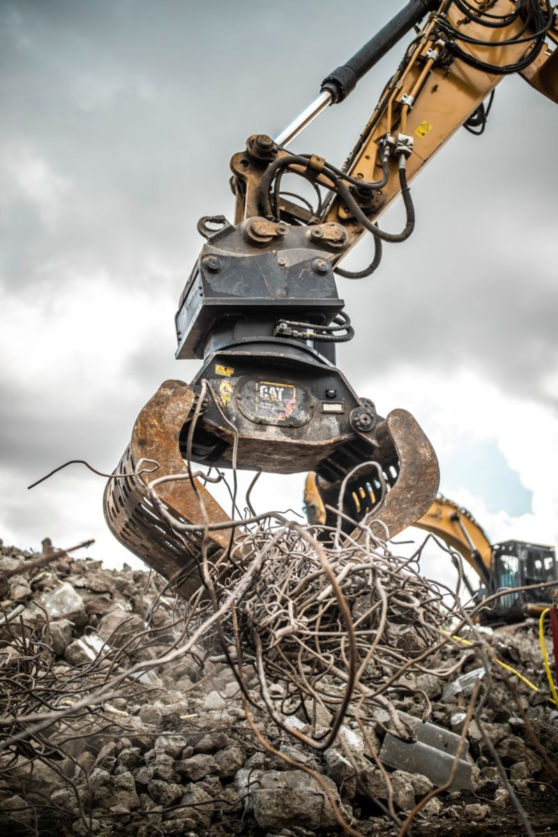 CAT® HYDRAULIC CONNECTING S TYPE COUPLERS BOOST PRODUCTIVITY, MAINTENANCE INTERVALS, AND KEEP SAFETY A PRIORITY