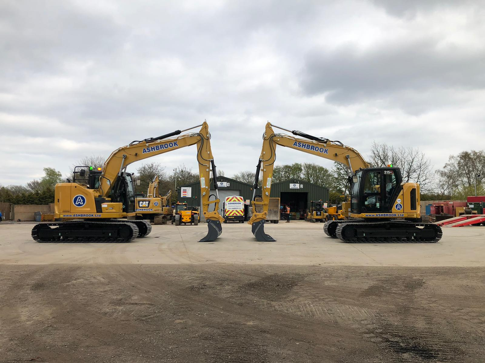 ASHBROOK is first in the UK to receive Cat® 315 GC ~ Leading plant hire firm invests in latest Cat® excavators ~