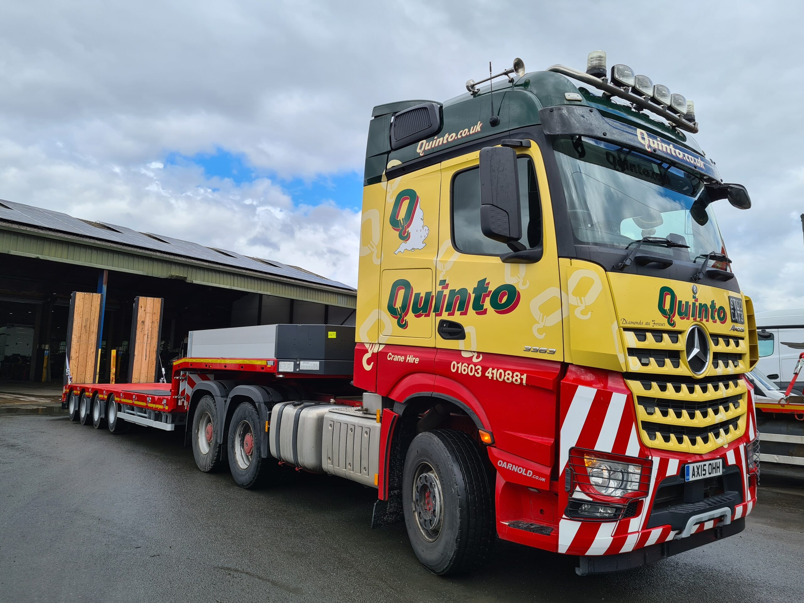 Specialist Trailer Hire (STH) delivers first »STEPSTAR« Trailer from Goldhofer